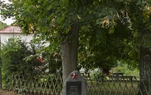 Palič. Pomník Jaroslavu Kysilkovi