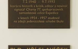 Vimperk. Pamětní deska Janu Lopatkovi