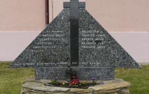 Bantice. Pomník občanům obce vězněným v 50. letech