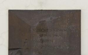 Brno. Pamětní deska Stanislavu Valehrachovi