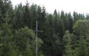 Jáchymov. Kříž a mohyla