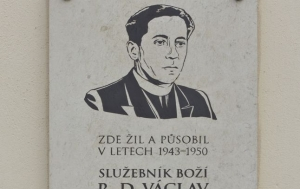 Bučovice. Pamětní deska Václavu Drbolovi II
