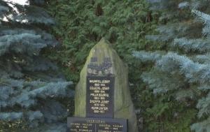 Rodkov. Pomník obětem světových válek a komunistického režimu