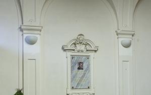 Liberec. Pamětní deska Jaroslavu Vlkovi