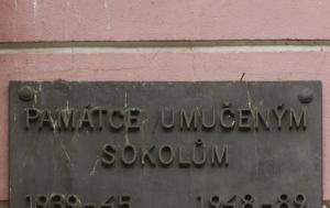 Český Brod. Pamětní deska sokolům