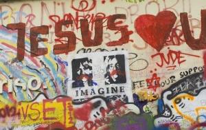 Praha 1. Lennonova zeď
