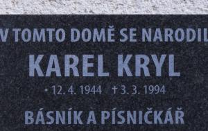 Kroměříž. Pamětní deska Karlu Krylovi I