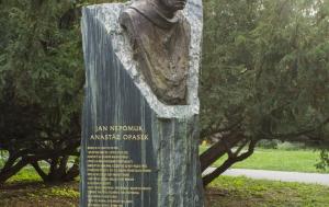 Kolín. Pomník Anastáze Opaska