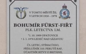 Ledeč nad Sázavou. Pamětní deska Bohumíru Fürstovi-Fiřtovi