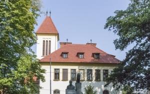 Valašské Meziříčí. Pamětní nápis na pomníku TGM