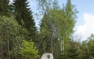 Rokytnice v Orlických horách. Pamětní deska Jaroslavu Mikuláši Novákovi