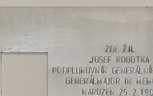 Brno-střed. Pamětní deska Josefu Robotkovi