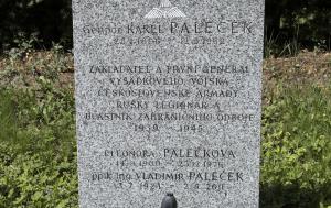Plzeň. Čestný hrob Karla Palečka
