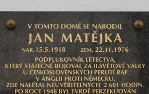 Radomyšl. Pamětní deska Janu Matějkovi