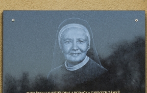 Svídnice. Pamětní deska Marii Elišce Pretschnerové