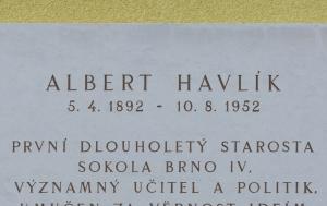 Brno-Černovice. Pamětní deska Albertu Havlíkovi