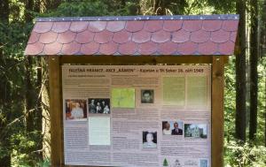 Tři Sekery. Informační tabule akce Kámen