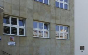 Kroměříž. Pamětní deska obětem komunismu