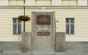 Teplice. Pamětní deska obětem komunismu
