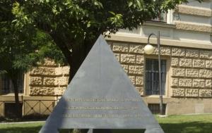 Brno-střed. Pomník tří odbojů