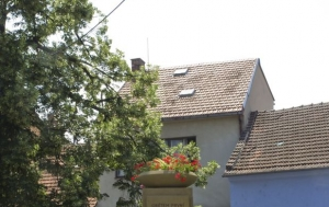 Brno-Žabovřesky. Pomník obětem první a druhé světové války a protikomunistického odboje