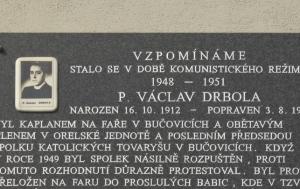 Bučovice. Pamětní deska Václavu Drbolovi