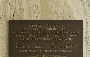 Frýdek-Místek. Pamětní deska obětem komunistického násilí