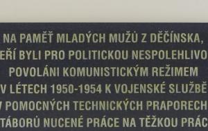 Děčín. Pamětní deska příslušníkům pomocných technických praporů
