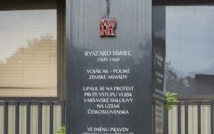 Praha 3. Pamětní obelisk Ryszardu Siwiecovi