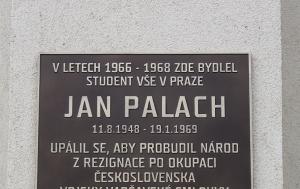 Praha 3. Pamětní deska Janu Palachovi II