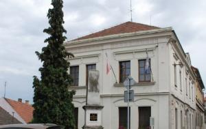 Liběchov. Pomník obětem světových válek a komunismu