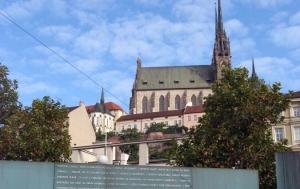 Brno. Památník tří odbojů